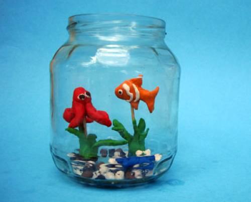 basteln mit kindern kostenlose bastelvorlage tiere knetgummi aquarium. Black Bedroom Furniture Sets. Home Design Ideas