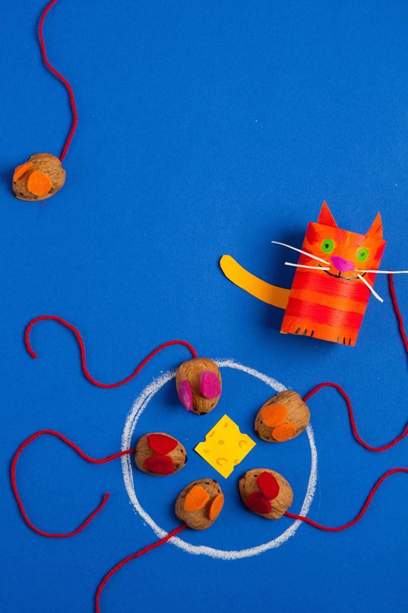 basteln mit kindern kostenlose bastelvorlage selbst gebastelte spiele fang die maus. Black Bedroom Furniture Sets. Home Design Ideas