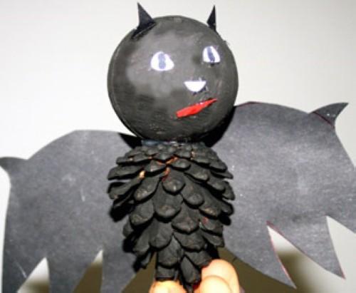 basteln mit kindern kostenlose bastelvorlage halloween vampir fledermaus. Black Bedroom Furniture Sets. Home Design Ideas