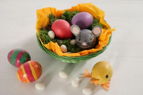basteln mit kindern kostenlose bastelvorlage ostern bunte eier tiere. Black Bedroom Furniture Sets. Home Design Ideas