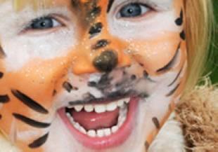 basteln mit kindern - kostenlose bastelvorlage kostüme: masken basteln: katze und maus