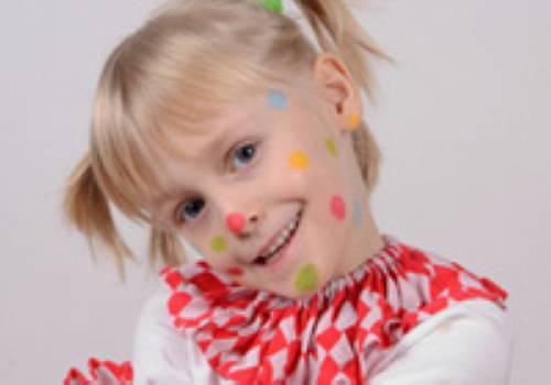 Basteln mit kindern kostenlose bastelvorlage kinderschminken clown m dchen - Clown basteln kindergarten ...