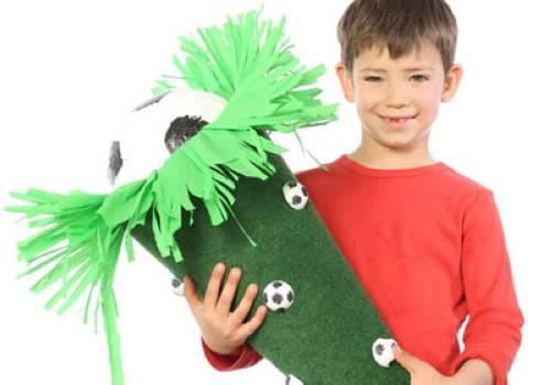 Basteln mit kindern kostenlose bastelvorlage schult ten fu ball schult te - Kunstrasen zum basteln ...