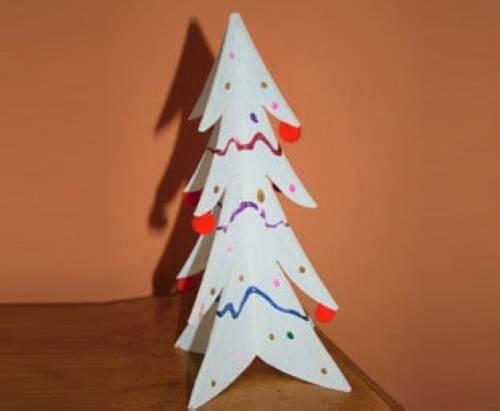 basteln mit kindern kostenlose bastelvorlage advent winter und weihnachten holz weihnachtsbaum. Black Bedroom Furniture Sets. Home Design Ideas