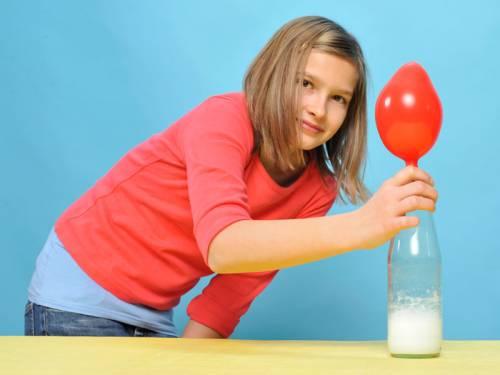 experiment für kinder  experimente mit luft puste aus