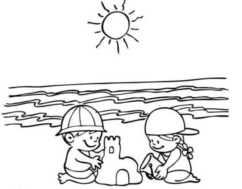 Sandburg malvorlage  Ausmalbild Sommer: Kinder bauen eine Sandburg kostenlos ausdrucken