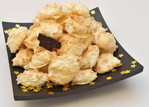 rezepte f r kinder weihnachtliche rezepte rezepttipp f r weihnachten kokosmakronen. Black Bedroom Furniture Sets. Home Design Ideas