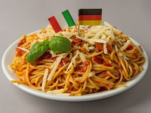 rezepte f r kinder deftige hauptgerichte spaghetti mit frischer tomatenso e. Black Bedroom Furniture Sets. Home Design Ideas