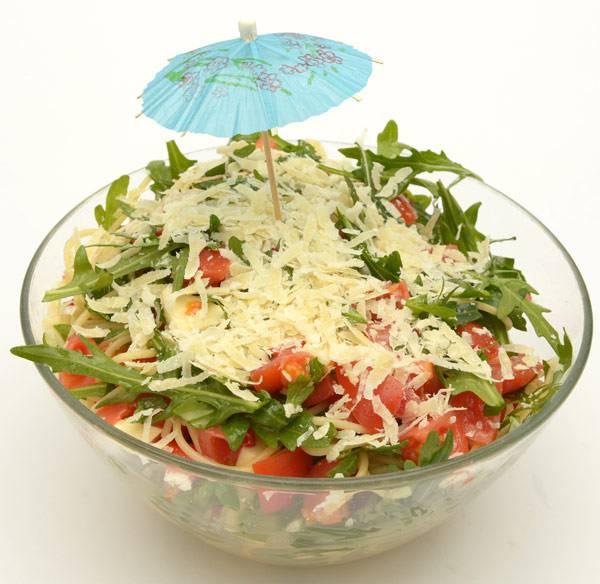 rezepte f r kinder grillrezepte und salate rucola nudel salat. Black Bedroom Furniture Sets. Home Design Ideas