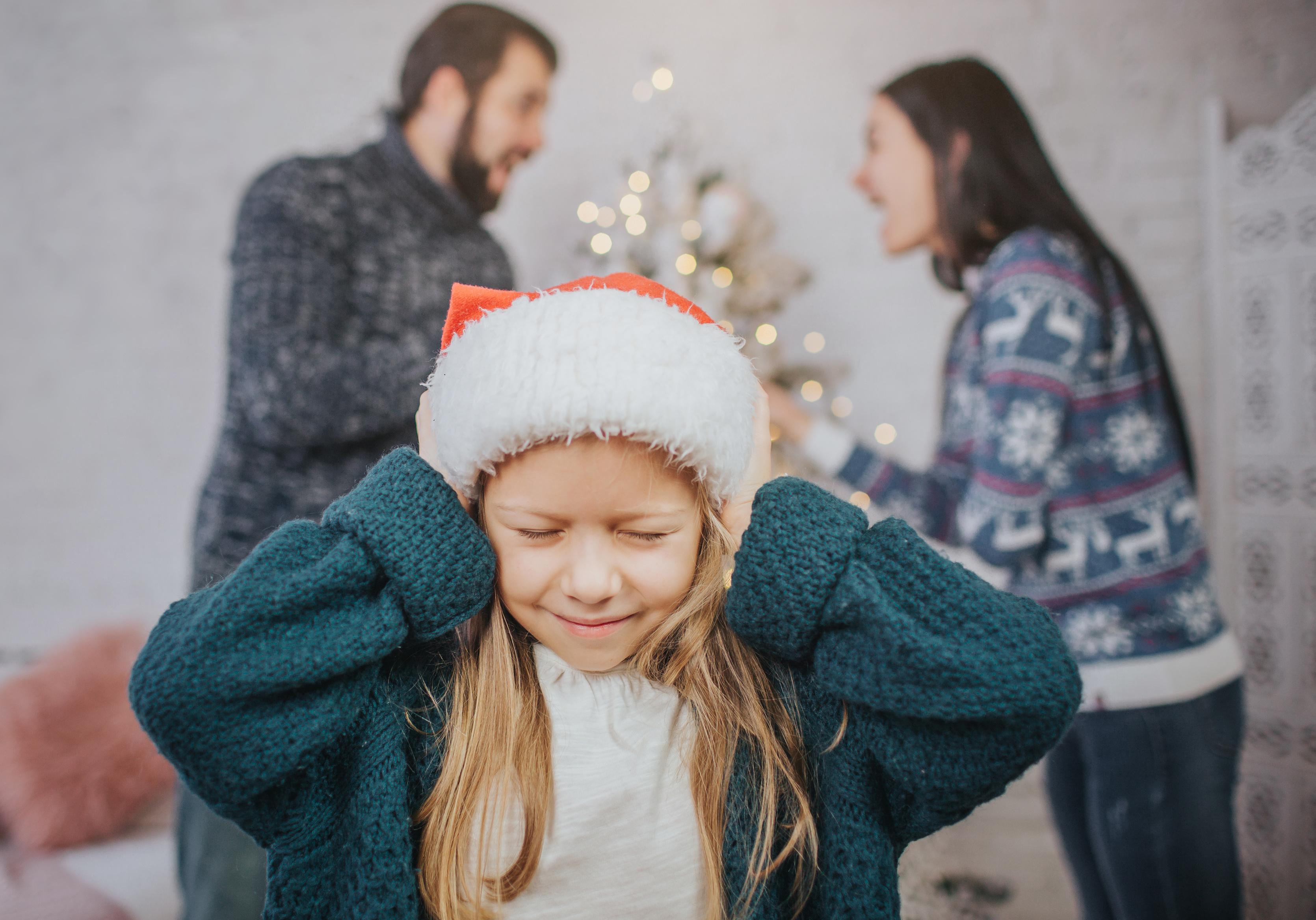 so verhindern sie familienstreit unterm weihnachtsbaum