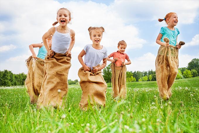 7 Tipps Kinderspiele Für Draußen