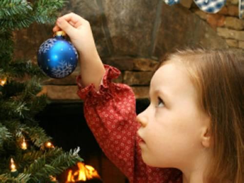 Wer Hat Den Tannenbaum Erfunden.Warum Wird Zu Weihnachten Ein Baum Geschmückt